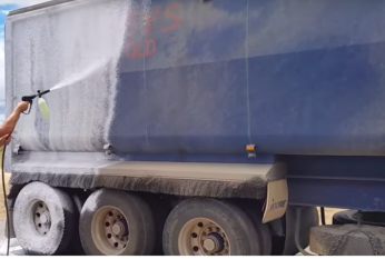 Touchless Trailer Clean